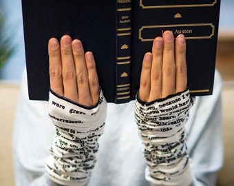 Pride and Prejudice Writing Gloves - Fingerless Gloves, Arm Warmers, Jane Austen, Literary, Book Lover, Books, Reading