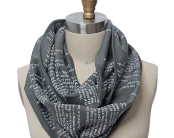 Dorian Gray Book Scarf - Infinity Scarf, Literary Scarf, Oscar Wilde, Book Lover, Books, Reading, Teacher Gift
