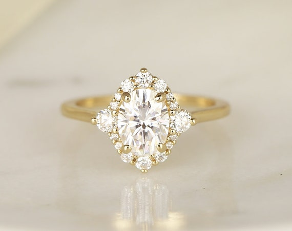 1.50cts Nola 8x6mm 14kt Solid Gold Forever One Moissanite Diamonds 3 Stone Compass Unique Oval Halo Engagement Ring,Rosados Box