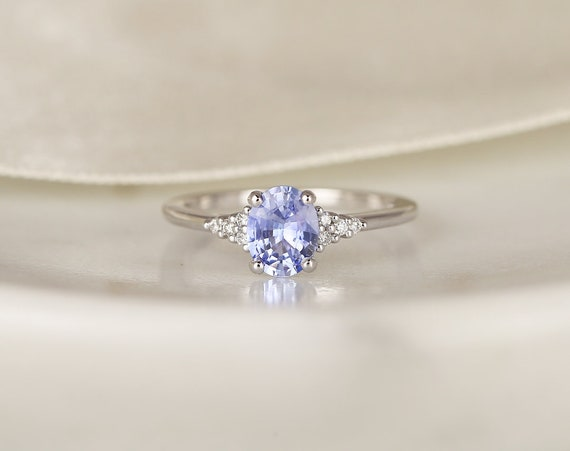 0.98ct Ready to Ship Maddy 14kt White Gold Cornflower Lavender Sapphire Diamond Dainty Oval Cluster 3 Stone Ring,Rosados Box