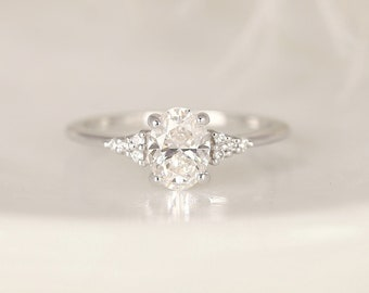Solitaire Ring For Love Vintage Art Deco Ring 1.60Ct Floral Ring Moissanite Ring Halo Ring Natural Black Rutile Engagement Bridal Ring