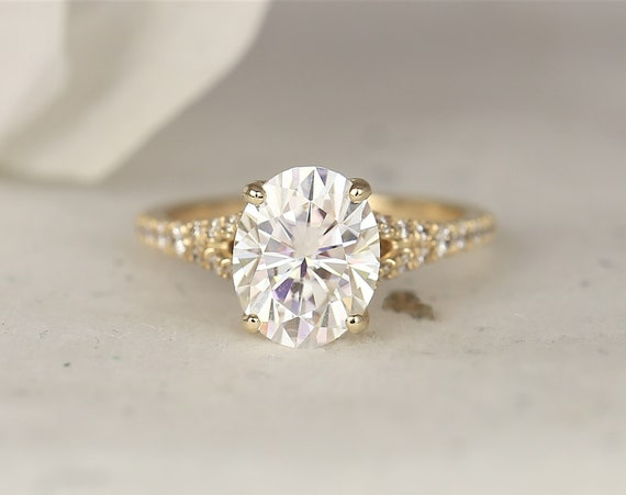 3ct Luz 10x8mm 14kt Yellow Gold Forever One Moissanite Diamond Dainty Pave Split Oval Solitaire Engagement Ring,Rosados Box