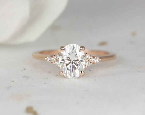 1.50ct Maddy 8x6mm 14kt Rose Gold Forever One Moissanite Diamonds Dainty Oval Cluster 3 Stone Engagement Ring,Rosados Box