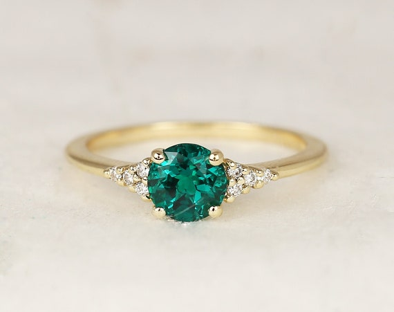 Malia 6mm 14kt Gold Green Emerald Diamond Art Deco Dainty 3 Stone Birthstone Cluster Ring,Rosados Box