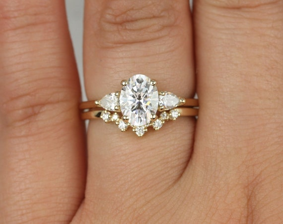 1.50ct Emery 8x6mm & Remy 14kt Gold Forever One Moissanite Diamond Dainty 3 Stone Oval Wedding Set Rings,Rosados Box