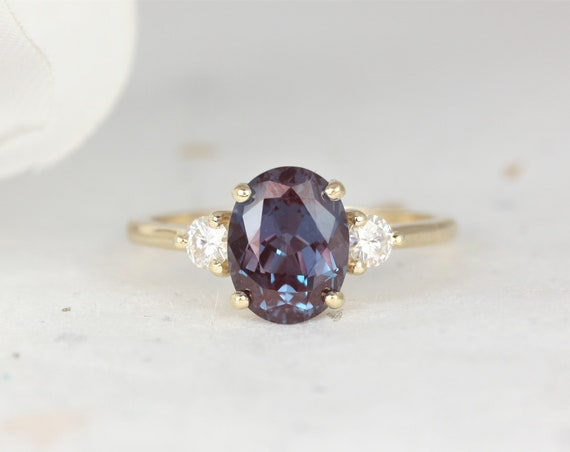 Gloria 8x6mm 14kt Gold Alexandrite Diamonds Dainty Minimalist 3 Stone Oval Engagement Ring,June Birthstone Ring,Rosados Box
