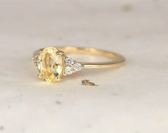 1.37cts Ready to Ship Juniper 14kt Solid Gold Champagne Yellow Sapphire Diamond Dainty Oval Cluster 3 Stone Ring,Rosados Box