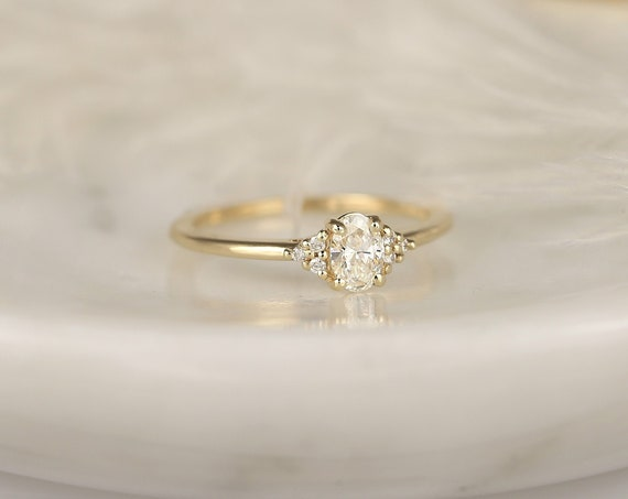 0.30ct Ready to Ship Juniper 14kt Yellow Gold Diamond Art Deco Dainty Oval Cluster 3 Stone Engagement Ring,Rosados Box