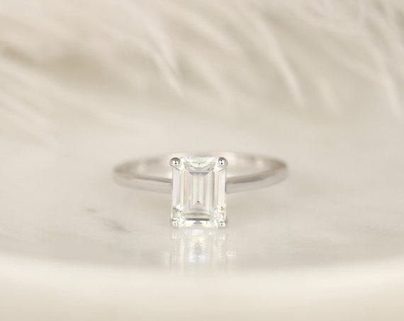 1.75ct Dina 8x6mm 14kt White Gold Forever One Moissanite Minimalist Dainty Cathedral Emerald Cut Solitaire Engagement Ring,Rosados Box