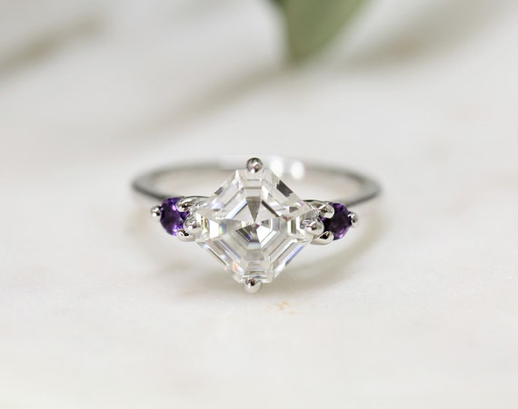 2.20cts Maxine 8mm 14kt White Gold Forever One Moissanite Amethyst Round Dainty 3 Stone Asscher Engagement Ring,Rosados Box