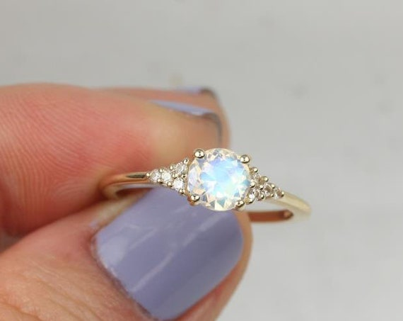 Malia 6mm 14kt Gold Rainbow Moonstone Sapphire Diamonds Dainty Round 3 Stone Cluster Ring,Rosados Box