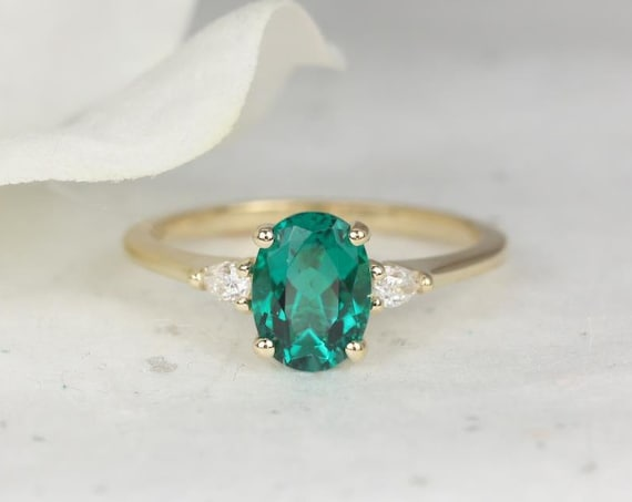 Petite Emery 8x6mm 14kt Gold Oval Green Emerald Diamond Dainty Pear 3 Stone Engagement Ring,May Birthstone Ring,Rosados Box
