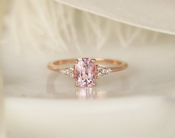 1.35ct Ready to Ship Marlow 14kt Rose Gold Blush Peach Sapphire Diamond Dainty Elongated Cushion Cluster 3 Stone Ring,Rosados Box