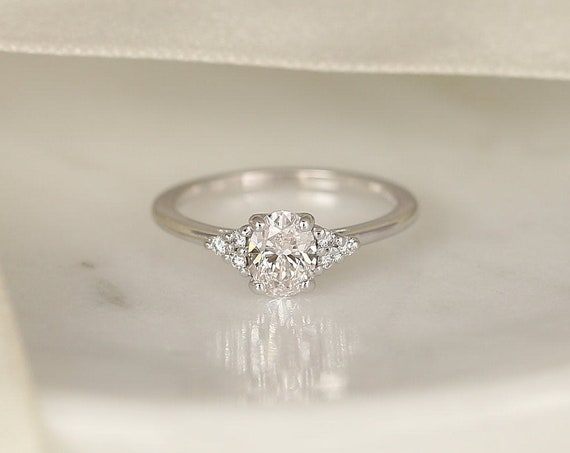 0.71ct Ready to Ship Juniper 14kt White Gold Diamond Art Deco Dainty Oval Cluster 3 Stone Engagement Ring,Rosados Box