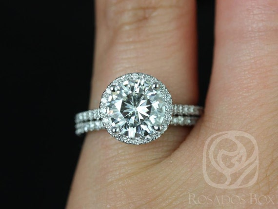 Rosados Box Kubian 8mm 14kt White Gold Round F1- Moissanite and Diamonds Halo Wedding Set