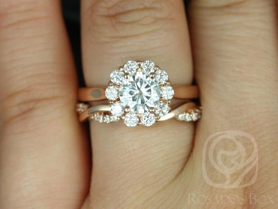 1ct Round Forever One Moissanite Diamonds Dainty Twisted Scalloped Halo Wedding Set Rings,14kt Rose Gold,Blossom 6.5mm & Dusty,Rosados Box