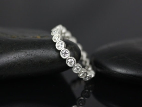 Rosados Box Medium Bubbles 14kt White Gold Satin Finished Medium Round Bezel Diamond FULL Eternity Band