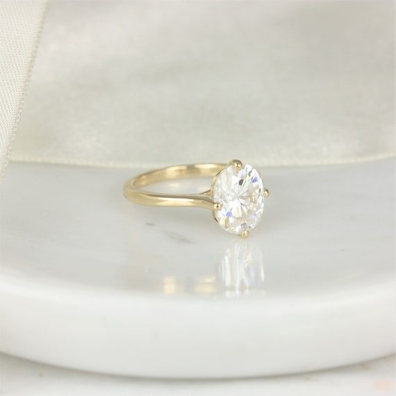 3cts Extra Low Reese 10x8mm 14kt Gold Oval Forever One Moissanite Kite Set Oval Solitaire Unique Engagement Ring, Rosados Box