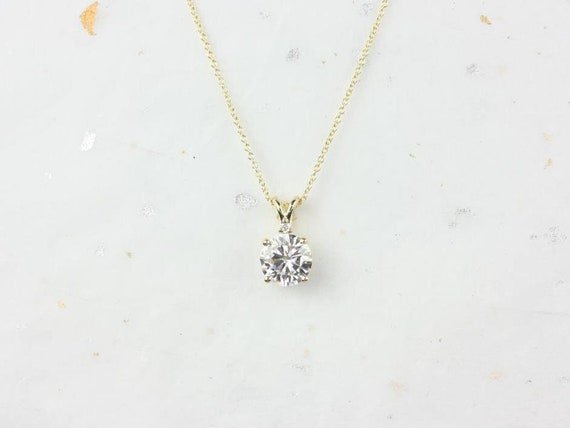 Rosados Box Nicole 14kt Gold Round Forever One Moissanite and Diamond Solitaire Leaf Gallery Basket Necklace