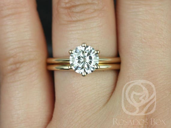 Rosados Box Ready to Ship Skinny Webster 7.5mm 14kt Yellow Gold Forever One Moissanite Six-Prong Webbed Classic Wedding Set Rings