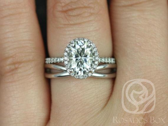 2ct Oval Forever One Moissanite Diamond Infinity Petite Halo Wedding Set Rings,14kt White Gold, Federella 9x7mm & PLAIN Lima,Rosados Box