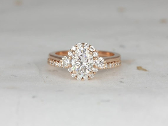 1.50cts Oval Forever One Moissanite Diamonds 3 Stone Halo Wedding Set, 14kt Solid Rose Gold, Ready to Ship Britney 8x6mm, Rosados Box