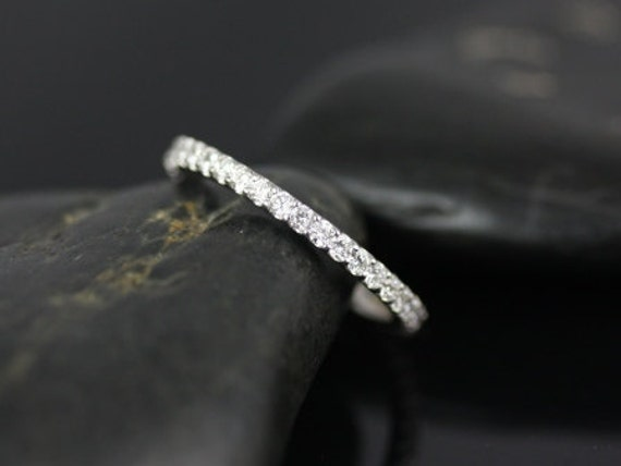 Rosados Box Mohma 14kt White Gold Scalloped Diamonds FULL Eternity Band
