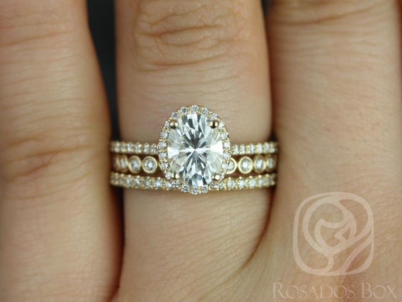 1.50cts Rebecca 8x6mm & Petite Bubbles 14kt Gold Forever One Moissanite Diamond Dainty Pave Oval Halo TRIO Wedding Set Rings,Rosados Box