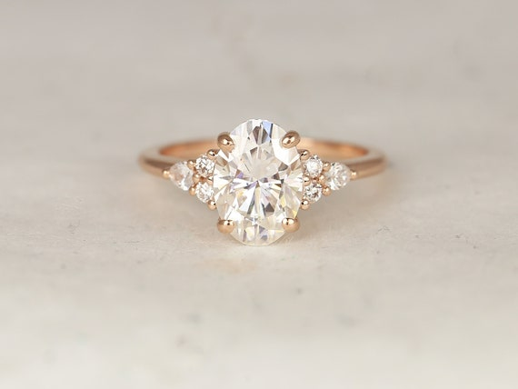 2.50cts Cindy 10x7mm 14kt Rose Gold Forever One Moissanite Diamonds Unique Cluster 3 Stone Elongated Oval Engagement Ring,Rosados Box