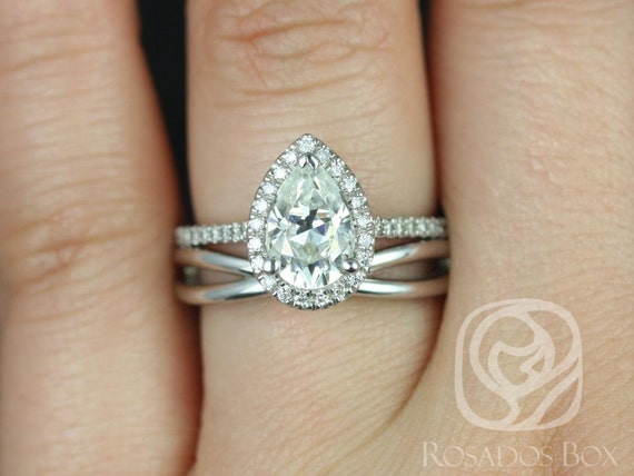 1.50cts Tabitha 9x6mm & PLAIN Skinny Lima 14kt Gold Forever One Moissanite Diamonds Infinity Pave Pear Halo Wedding Set Rings,Rosados Box