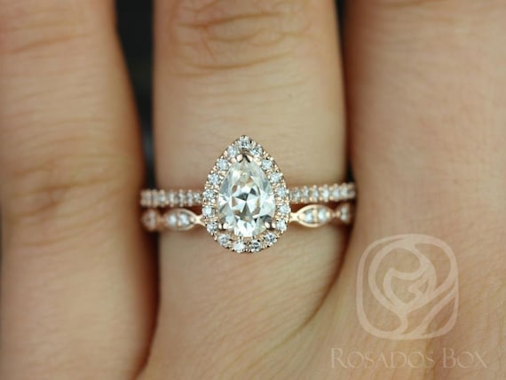 0.75cts Pear Forever One Moissanite Diamonds Halo Wedding Set Rings,14kt Solid Rose Gold,Tabitha 7x5mm & Christie,Rosados Box
