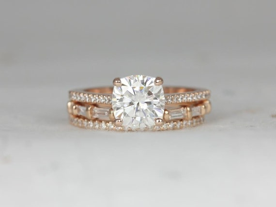 2cts Marcelle 7.5mm & Baguettella 14kt Rose Gold Forever One Moissanite Diamond Dainty Cushion Solitaire TRIO Wedding Set Rings,Rosados Box