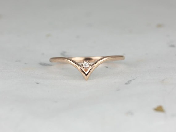Sloane 14kt Rose Gold Dainty Chevron Bezel Diamond Stacking V Ring (S.L.A.Y. Collection),Rosados Box
