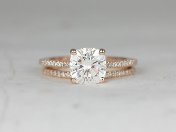 2cts Marcelle 7.5mm 14kt Rose Gold Forever One Moissanite Diamond Dainty Cushion Solitaire Accent Cathedral Wedding Set Rings,Rosados Box
