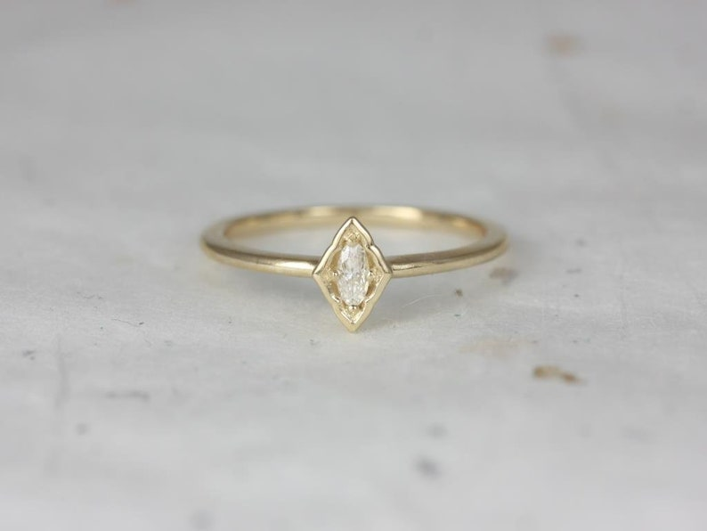 S.L.A.Y. Collection Rosados Box Leanne 14kt Yellow Gold Oval Forever One Moissanite Marquise Bezel WITHOUT Milgrain Scalloped Ring