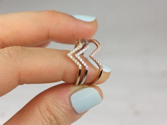 Rosados Box Skinny Venus 14kt Solid Gold V Ring Chevron Diamond Ring (S.L.A.Y. Collection)