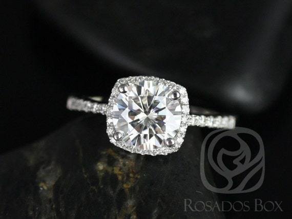 Rosados Box Barra 7.5mm Size Platinum Round F1- Moissanite Cushion Halo Engagement Ring
