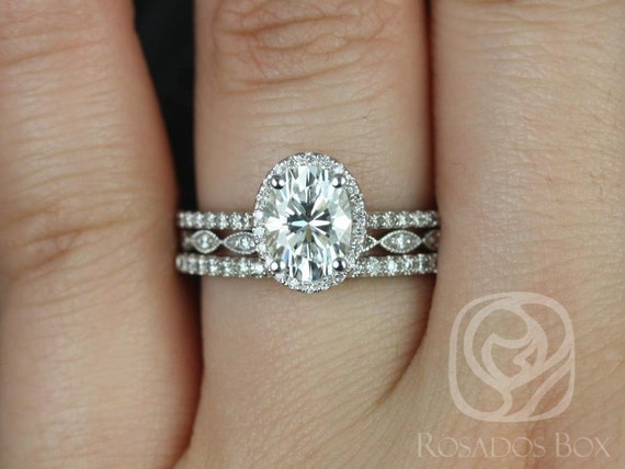 1.50cts Rebecca 8x6mm & Ult Pte Leah 14kt White Gold Forever One Moissanite Diamond Dainty Pave Oval Halo TRIO Wedding Set Rings,Rosados Box