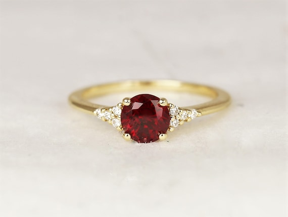 Malia 6mm 14kt Gold Red Ruby Diamond Art Deco Dainty 3 Stone Birthstone Cluster Ring,Rosados Box