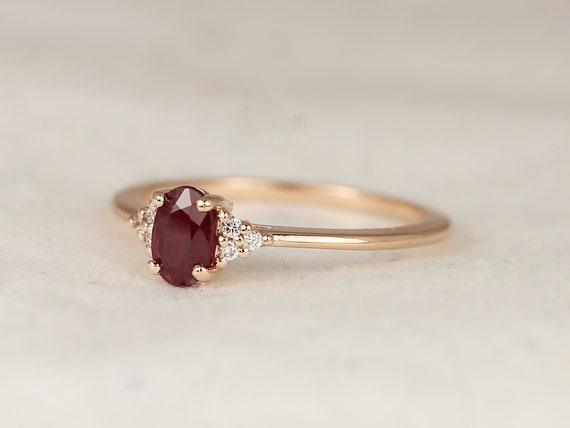Juniper 6x4mm 14kt Rose Gold Red Ruby Diamonds Dainty Oval Cluster 3 Stone Stack Ring,Rosados Box