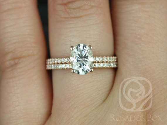 1.50ct Oval Forever One Moissanite Diamonds Thin Pave Solitaire Wedding Set Rings Rings,14kt Solid Rose Gold,Darcy 8x6mm,Rosados Box