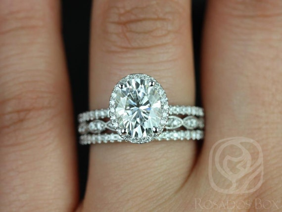 2ct Oval Forever One Moissanite Diamond Dainty Pave Halo TRIO Wedding Set Rings Rings,14kt White Gold,Federella 9x7mm & Christie,Rosados Box