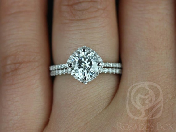 Rosados Box Kitana 7mm 14kt White Gold F1- Moissanite and Diamonds Cushion Halo Wedding Set