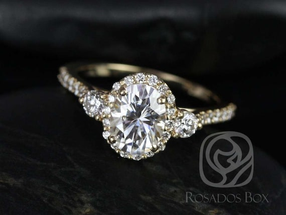 1.50cts Natalia 8x6mm 14kt Gold Forever One Moissanite Diamonds Dainty 3 Stone Unique Oval Halo Engagement Ring,Rosados Box