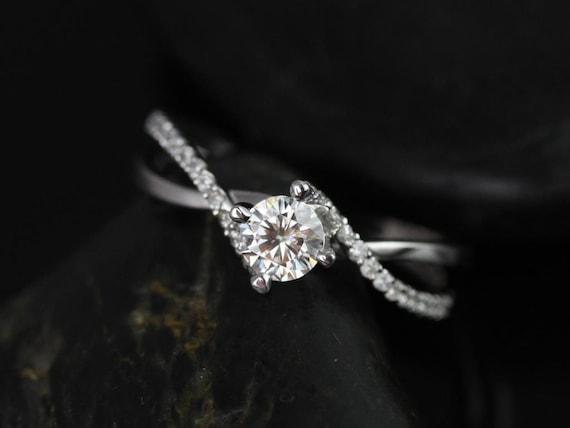 Rosados Box Valentina 4.5mm 14kt White Gold Round Cut Diamond Twist Engagement Ring