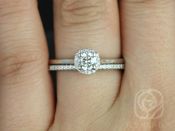 0.33cts Amerie 4.5mm & Marcelle 14kt White Gold Forever One Moissanite Diamonds Dainty Pave Round Halo Wedding Set Rings,Rosados Box