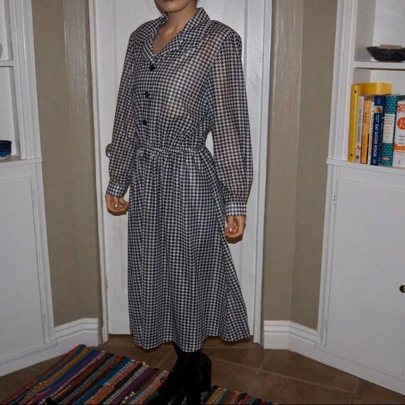 vicki wayne houndstooth shirtwaist dress - image 2