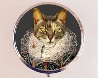 Aristocrat Cat Pill Box Case Pillbox Holder Royal Tudor Anthropomorphic Animal Art