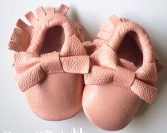 Blush Pink Baby Moccasins Peach Toddler Moccasins Pink Toddler Moccs Baby Girl Moccasin Light Pink baby Moccassins Easter Basket gift Bow