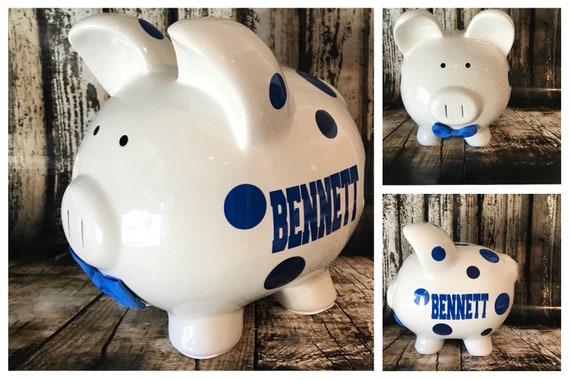Moustache de grands garçons bleu tirelire, noeud papillon bleu, Banque pour les garçons, fonds de collège, comptoir de l'argent, pièce support